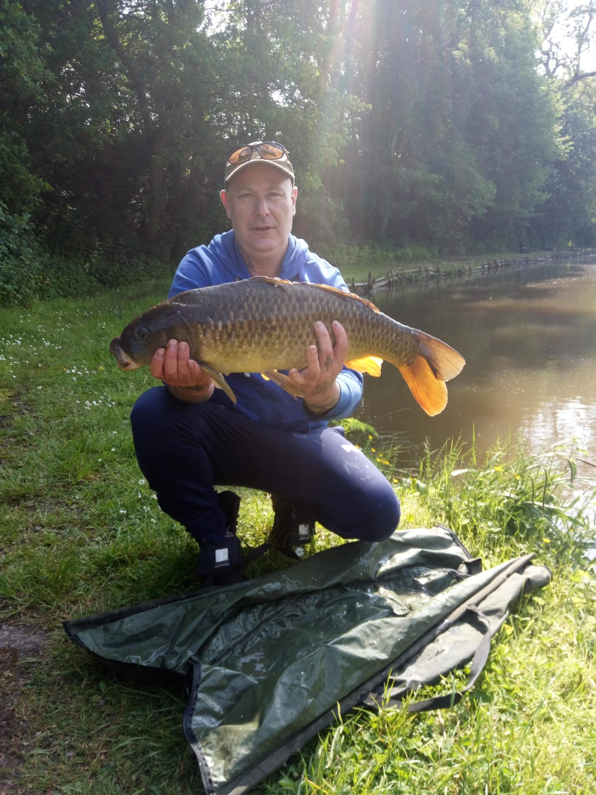 MEMBER WITH CARP 14lb 8ozs CAUGHT  26/05/18